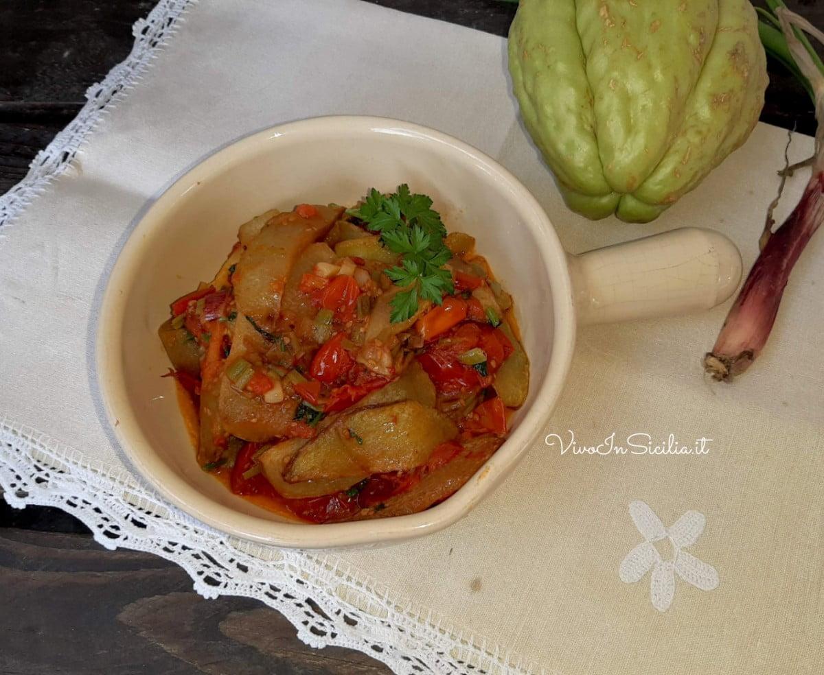 zucchine spinose con pomodori